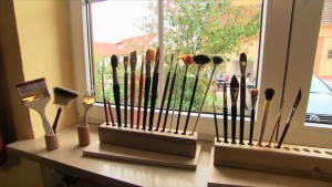 18 Different New Modern Brush Sets Assortment for Art & Craft
